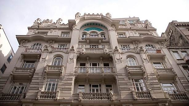 2- Mısır Apartmanı