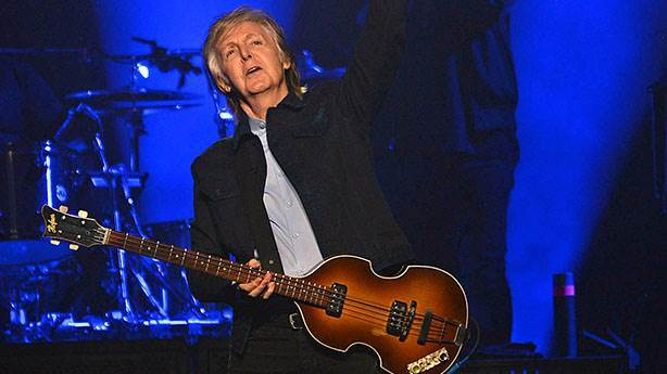 1- Paul McCartney - 1,2 milyar dolar