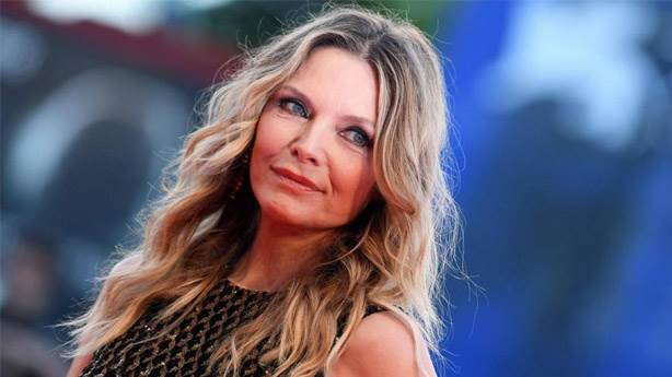 2- Michelle Pfeiffer - Clarice Sterling
