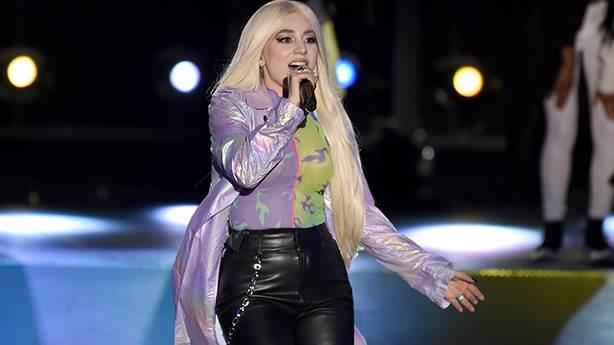En iyi çıkış yapan şarkıcı