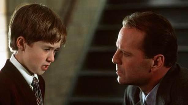 4- The Sixth Sense / Altıncı His