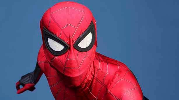 Bizim Spider-Man sevdamız başka