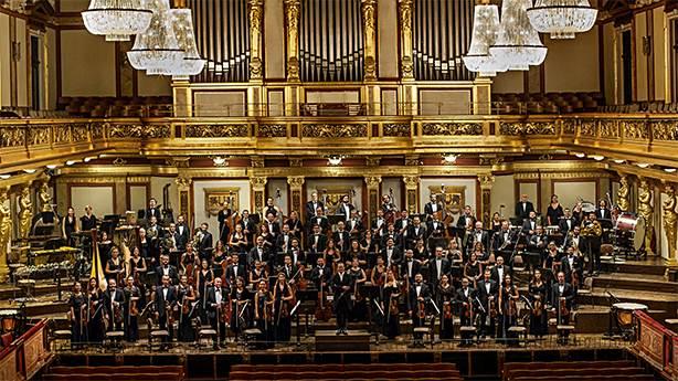 1. Sezon açılışı: Borusan Filarmoni ve Demirhan Gökbudak