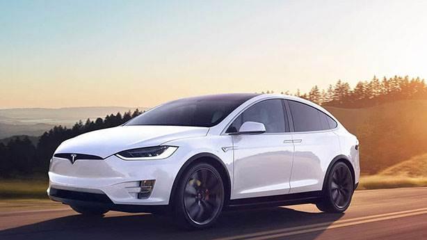 6- Tesla Model X