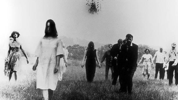 Night of the Living Dead (Yaşayan Ölülerin Gecesi) - 1968 (IMDb: 7.9)