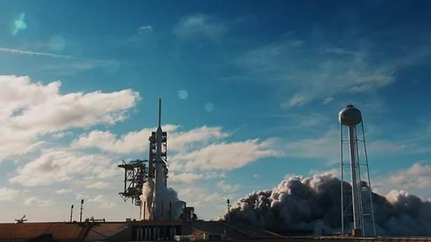 Astronotlu uzay yolculuğu ertelendi