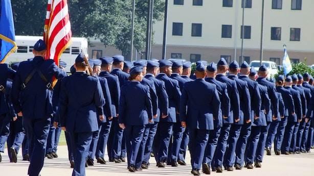 13 yaşında ailesi askeri okula göndermiş