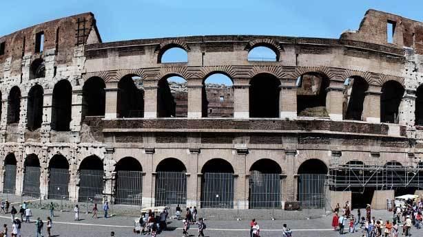 Roma&rsquo;daki Kolezyum<br /> &nbsp;