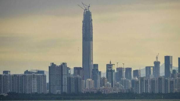 4- Ping An Finance Center – 599 metre (Shenzhen, Çin)