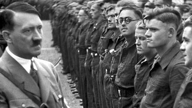 Hitler&rsquo;in başının altından &ccedil;ıktı<br /> &nbsp;