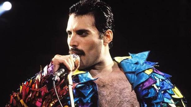 Freddie Mercury'nin ölümü, bütün dünyayı şoke etmişti...