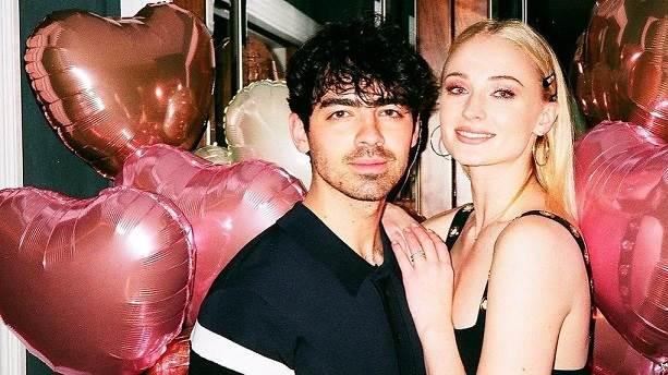 Sophie Turner-Joe Jonas