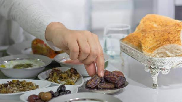 2- Birlikte iftar yapmamak