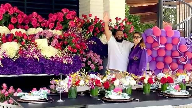 DJ Khaled'in abartılı Anneler Günü kutlaması
