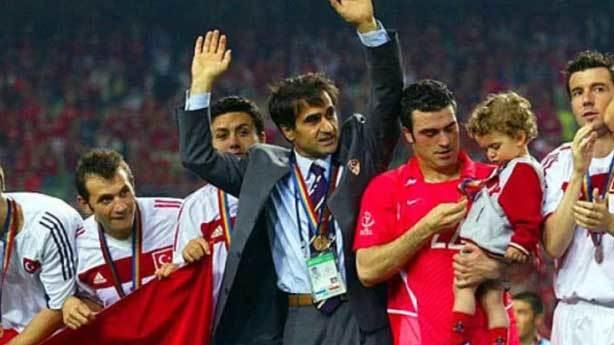 4- 2002 Dünya Kupası üçüncülüğü