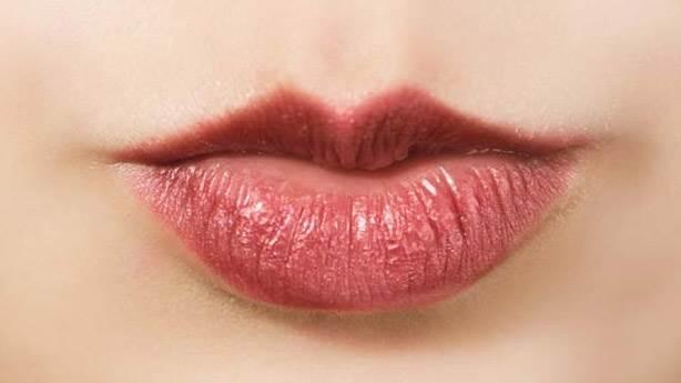 3- Alt dudak üst dudaktan büyükse…