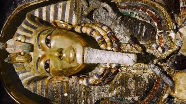 1- Tutankamon (9 Yaşında)