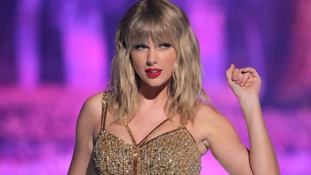 4- Taylor Swift