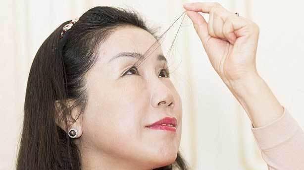 Dünyanın en uzun kirpiğe sahip kadını