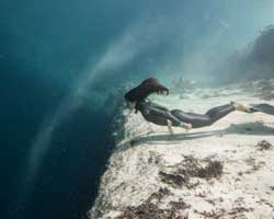 Nefes kesen serbest dalış fotoları
