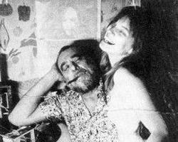 Charles Bukowski'den kadınlara dair hazmedilmesi zor 12 söz