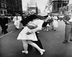 Savaş dönemi aşk fotoğrafları