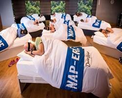 Spor yapmaya üşenenler için harika bir egzersiz: Uyumak!