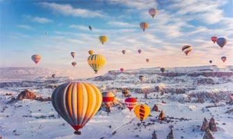 """Kapadokya'yı """"Görülmesi gereken yerler"""" listesinde baş sıraya oturtan fotoğraflar!"""