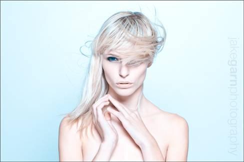 Фото укладок утюжками волос
