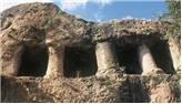 Vezirköprü Esenköy Evkayası Kaya Mezarları