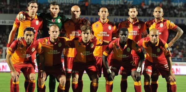 Galatasaray 2012'de taraftarını sevindirdi