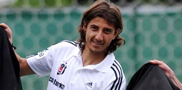 Mehmet Akyüz resmen Akhisar Belediyespor'da