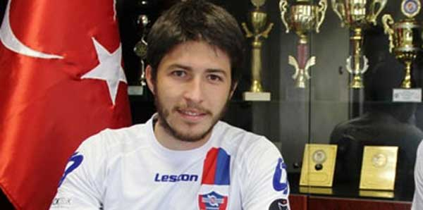 Karabükspor 3 oyuncuyla yollarını ayırdı!