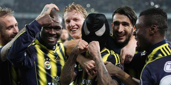 Futbolda ilk yarı liderleri ve şampiyonlar