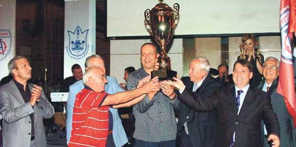 Eski milli basketbolcu Turhan Tezol vefat etti
