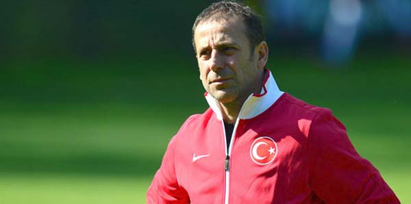 İBB'nin yeni ismi İstanbul Başakşehirspor, yeni hocası Abdullah Avcı!