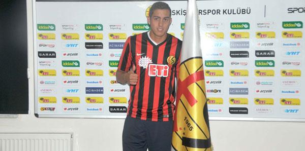 Benficalı golcü Eskişehirspor'da!