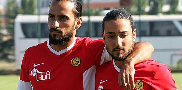 Eskişehirspor'dan Tarık Çamdal ve Erkan Zengin açıklaması