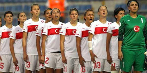 Kadın A Milli Futbol Takımı kampa girdi