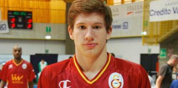 Kristijan Nikolov 4.5 yıl sonra Galatasaray'da