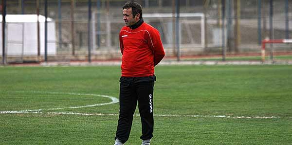 Bucaspor Mustafa Bahadır'a emanet
