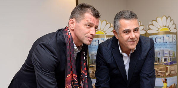 Skibbe, Eskişehirspor'la sözleşme imzaladı!