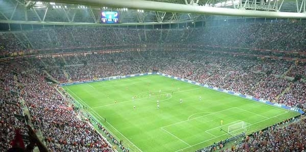 Galatasaray, Arena'da 100. maçına çıkıyor