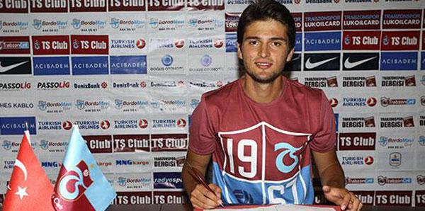 Trabzonspor, Okay Yokuşlu'yu transfer etti!