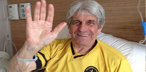 İstanbulspor'un efsane futbolcusu Kostas Kasapoğlu hayatını kaybetti