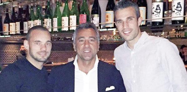 Dev derbi öncesi Wesley Sneijder ve Robin van Persie bir araya geldi