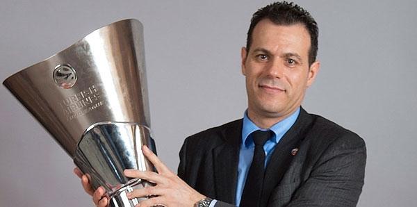 THY Avrupa Ligi'nde yılın koçu!