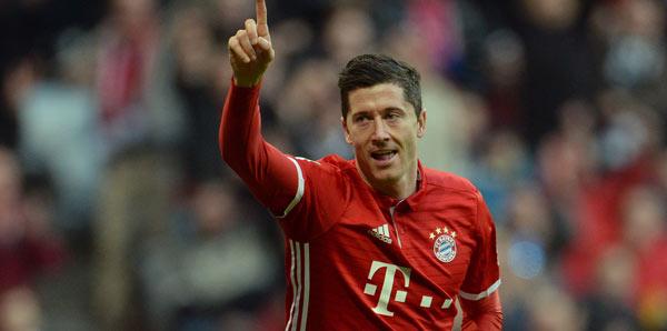 Lewandowski 5 yıl daha Bayern'de!