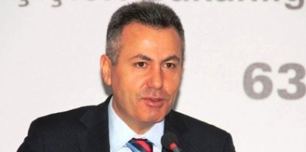 Bilecik Valisi Elban, derbiyi çocuklarla izledi