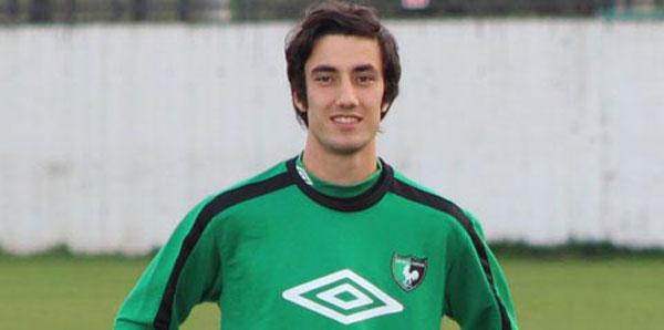Akhisar Belediyespor 19 yaşındaki Alperen Babacan'ı transfer etti